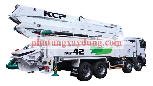 Bán xe bơm bê tông Hàn Quốc KCP cần dài 42m