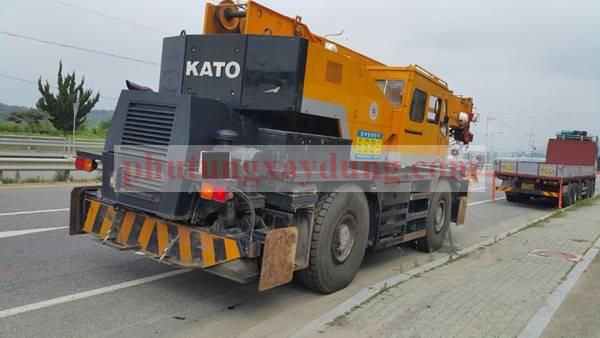 Bán cẩu bánh lốp Kato KR35H-3 trọng tải 35 tấn đời 1992
